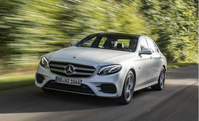 Ya en España el nuevo Mercedes E 300 híbrido diésel