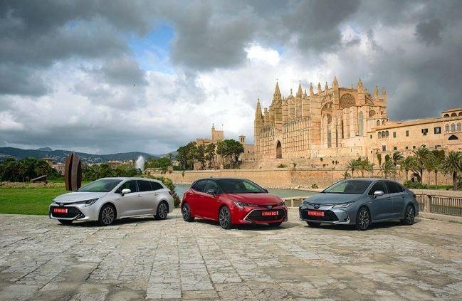 Toyota Corolla 2019, en tres carrocerías y dos versiones